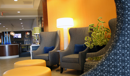 Holiday Inn Express & Suites, Terre Haute IN